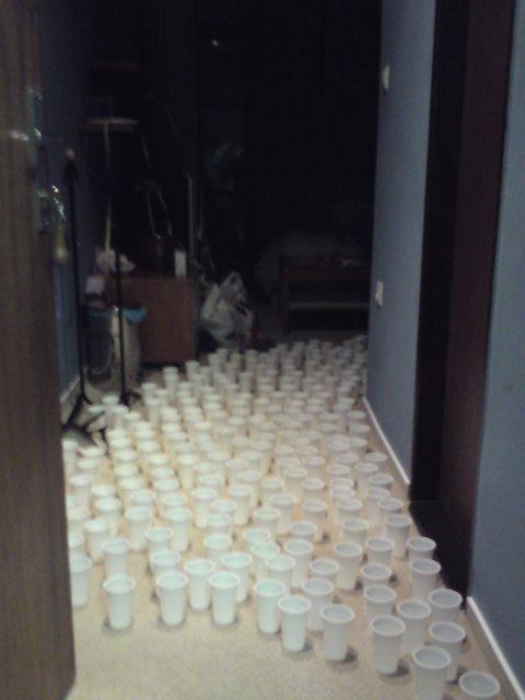 Jitka{{_AND_}}Falk - prekvapko od kamosov v svadobnom apartmane - pohare su plne vody