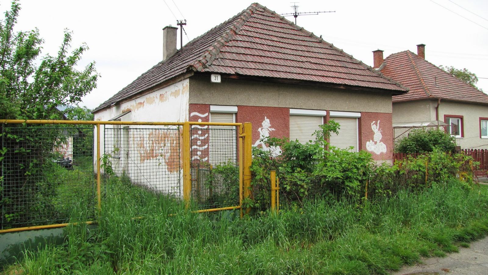 Rekonštrukcia starého domčeka - Pohľad od ulice.