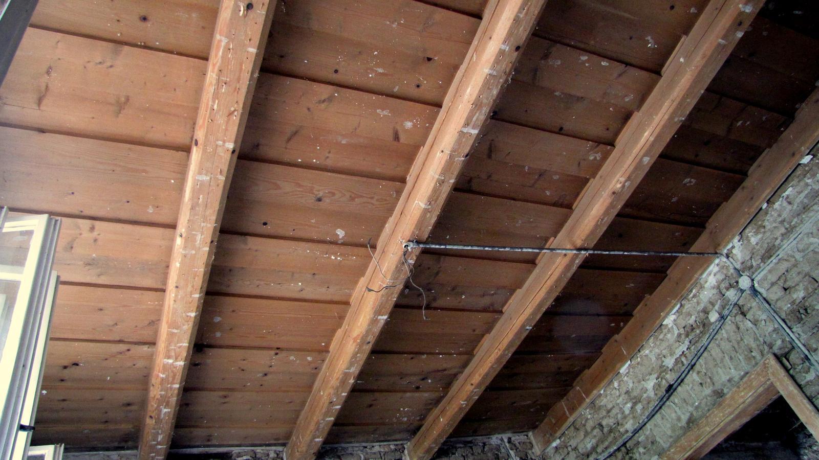 Rekonštrukcia starého domčeka - Strop ako má byť