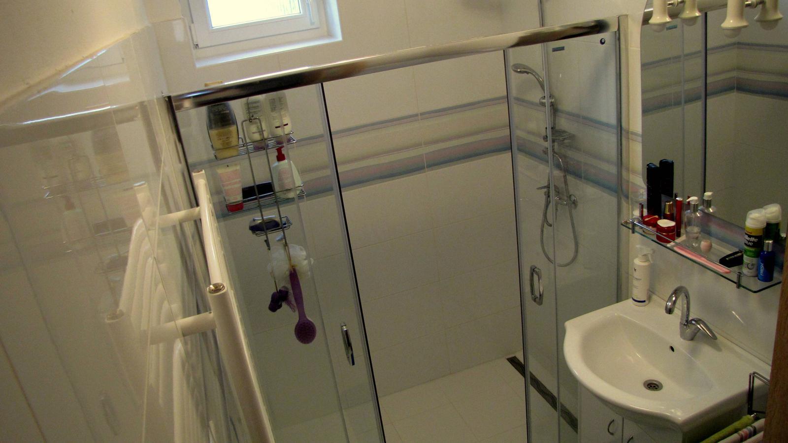Ratnovce - Kúpelňa po rekonštrukcii.