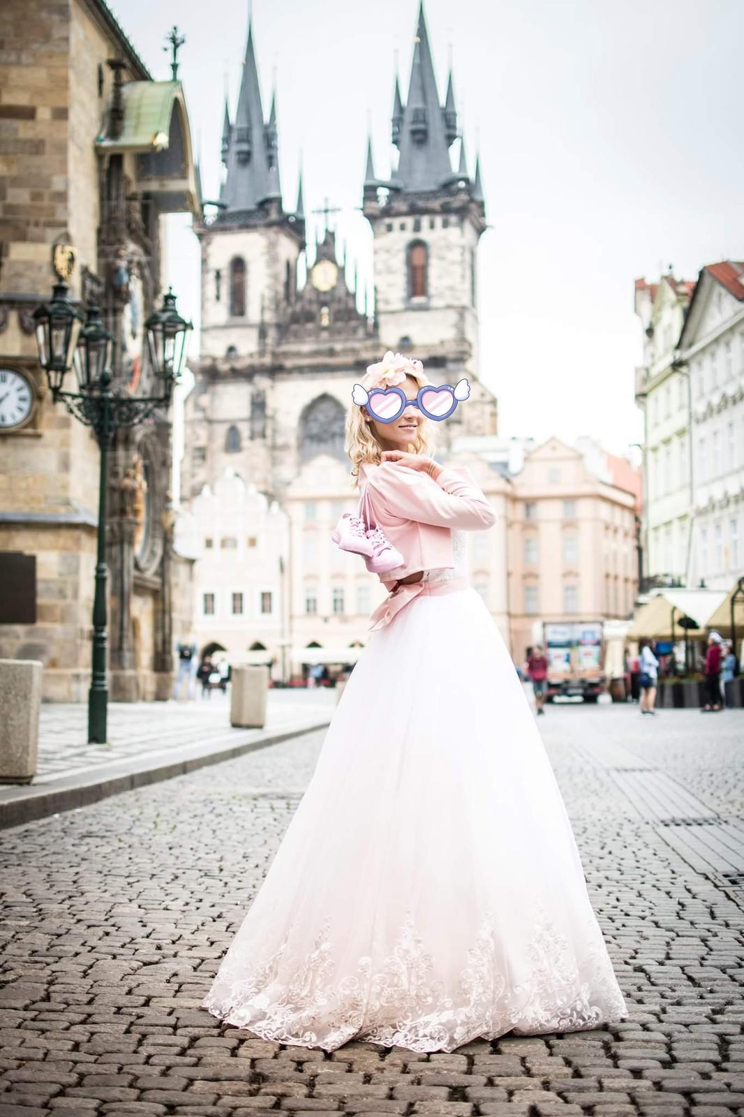Svatební šaty s vykrojenými zády, vel. 34 - Obrázek č. 2