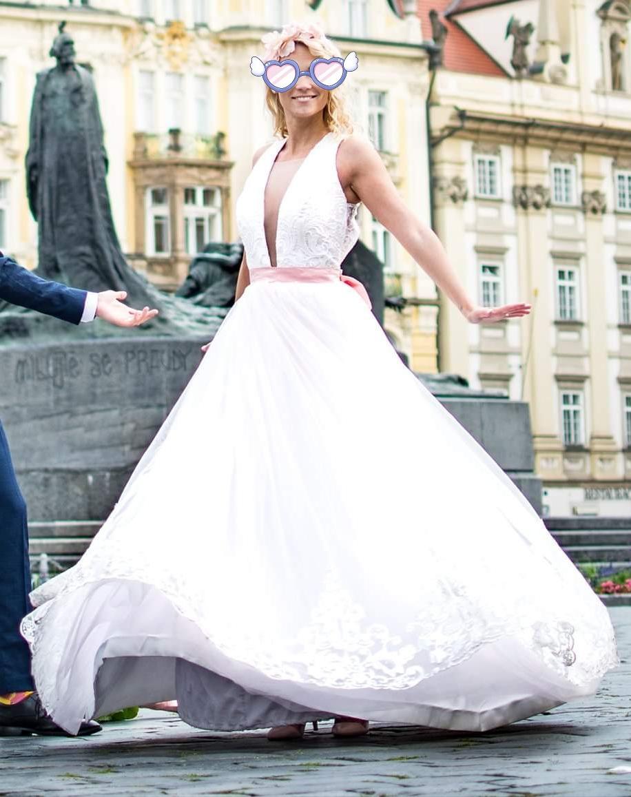 Svatební šaty s vykrojenými zády, vel. 34 - Obrázek č. 4