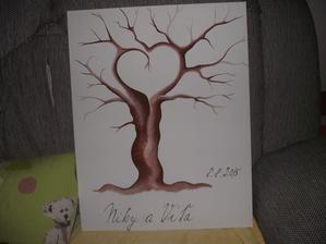 Nas svatebni strom. Jeste prstikama nasich nejmilejsich dodelat listecky a je to dokonale
