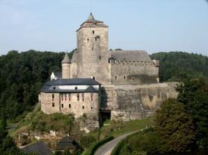 Konečné místo našeho obřadu hrad Kost
