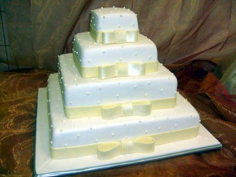 M&M - predloha na tortu,bude vsak troska ina vyzdoba