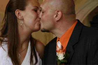 a můžete políbit nevěstu:-)