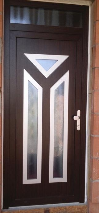 vchodove_dvere_gavaplast - Vchodové dvere s HPL dvernou výplňou GAVA 652