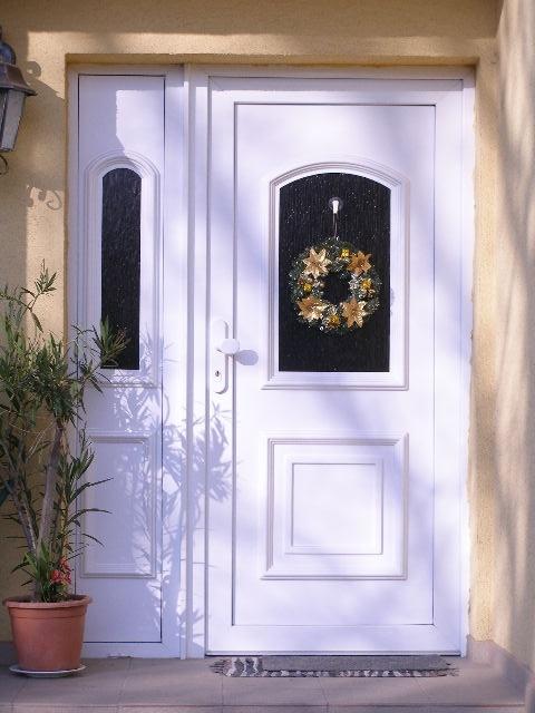 vchodove_dvere_gavaplast - GAVA 012+012/2-plastová dveřní výplní