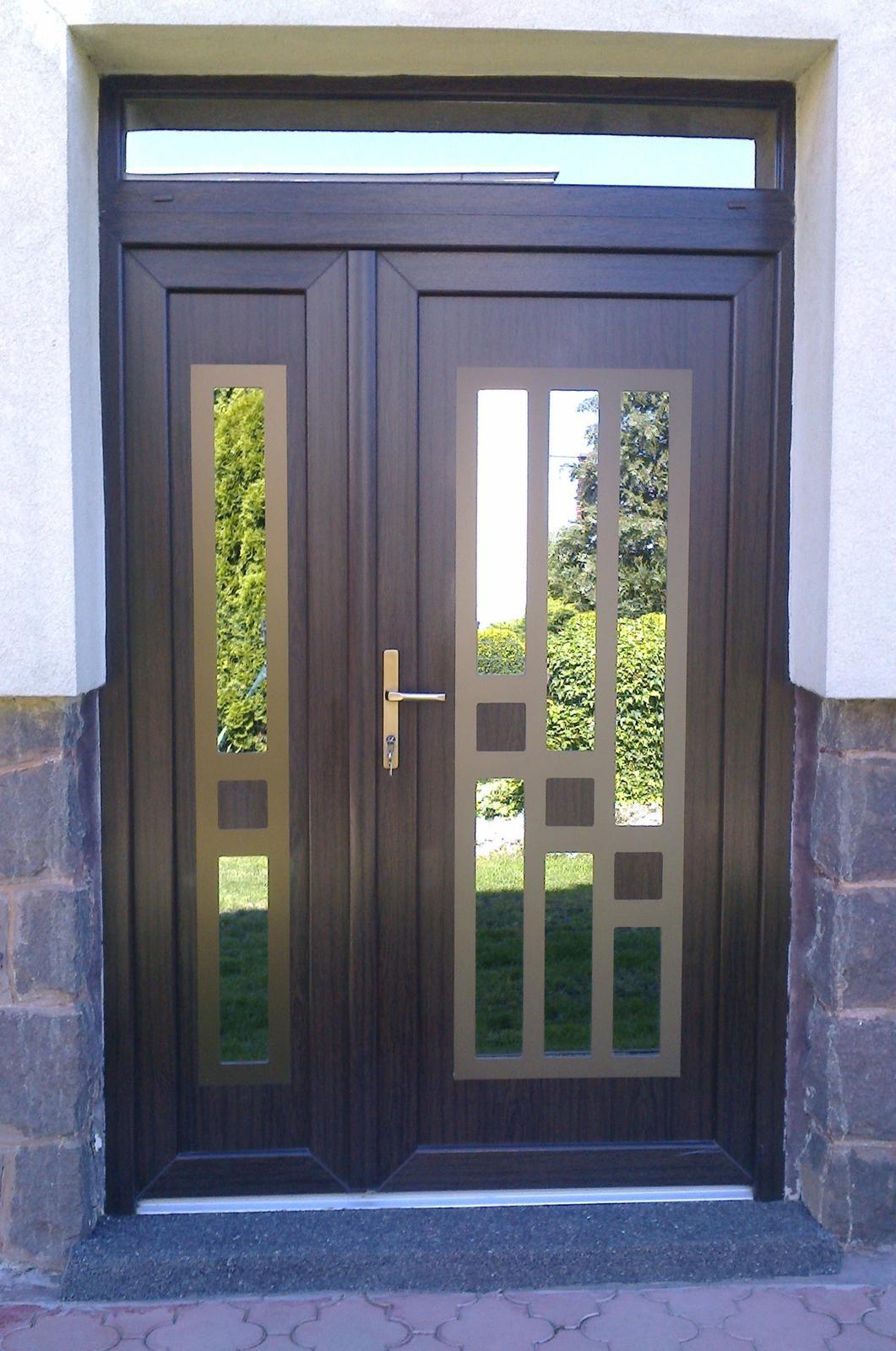 vchodove_dvere_gavaplast - GAVA 732+732/2- HPL dveřní výplní