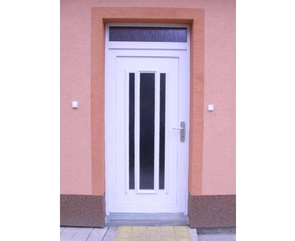 vchodove_dvere_gavaplast - GAVA 153- plastová dveřní výplní