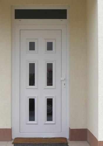 vchodove_dvere_gavaplast - GAVA 063- plastová dveřní výplní