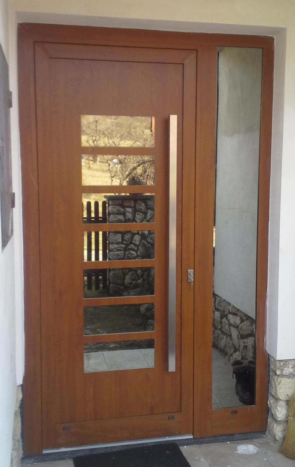 Vchodové dveře s HPL dveřní výplní - GAVA 702 atyp- bez aplikace