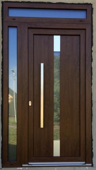 Vchodové dveře s HPL dveřní výplní - Vchodové dveře s HPL dveřní výplní GAVA 991L s madlem v ploše