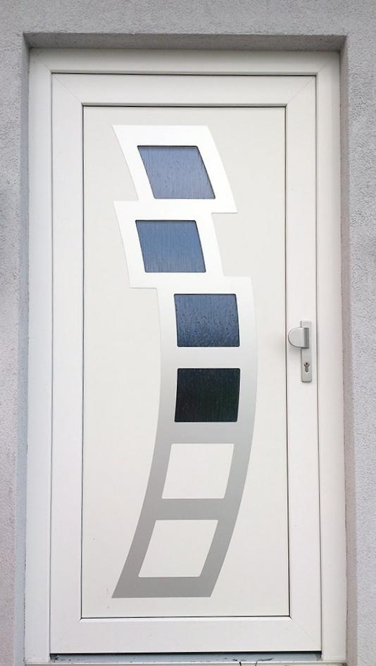 vchodove_dvere_gavaplast - Vchodové dveře s HPL dveřní výplní GAVA 891