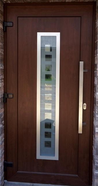 Vchodové dveře s HPL dveřní výplní - Vchodové dveře s HPL dveřní výplní GAVA 754 a s pískovaním P1x11 INV