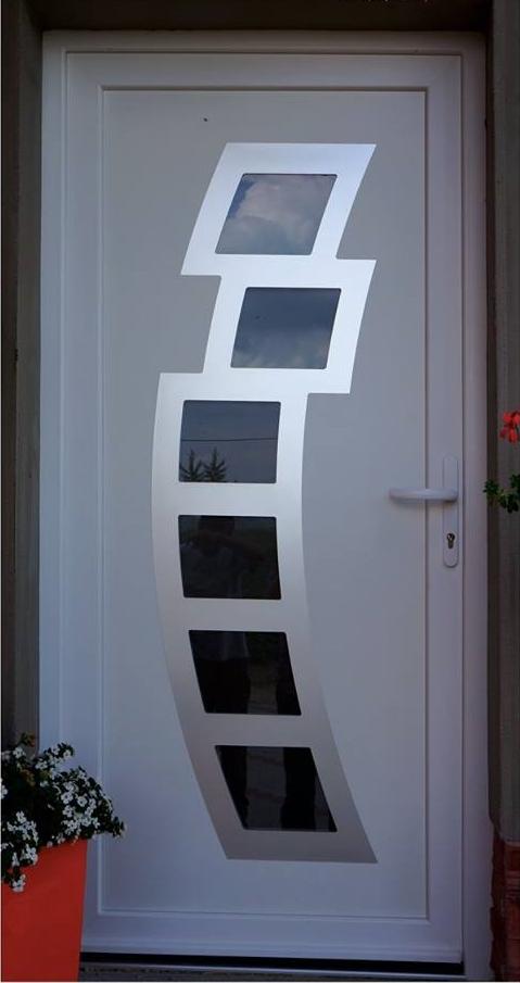 vchodove_dvere_gavaplast - Vchodové dvere s HPL dvernou výplňou GAVA 892