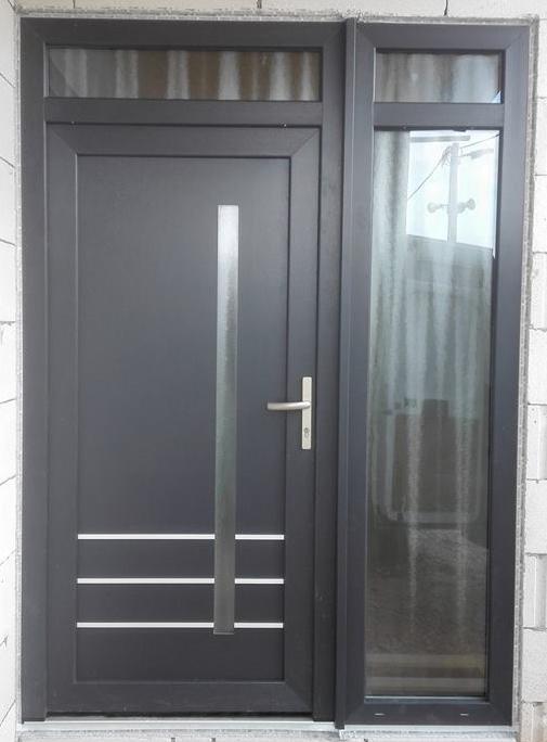 Vchodové dveře s HPL dveřní výplní - Vchodové dvere s HPL dvernou výplňou GAVA 919