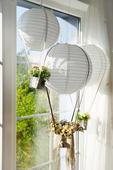 Lampion ve stylu létajícího balonu s LED světelkem,
