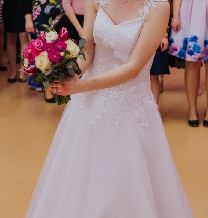 Svadobné šaty tylové - Obrázok č. 1