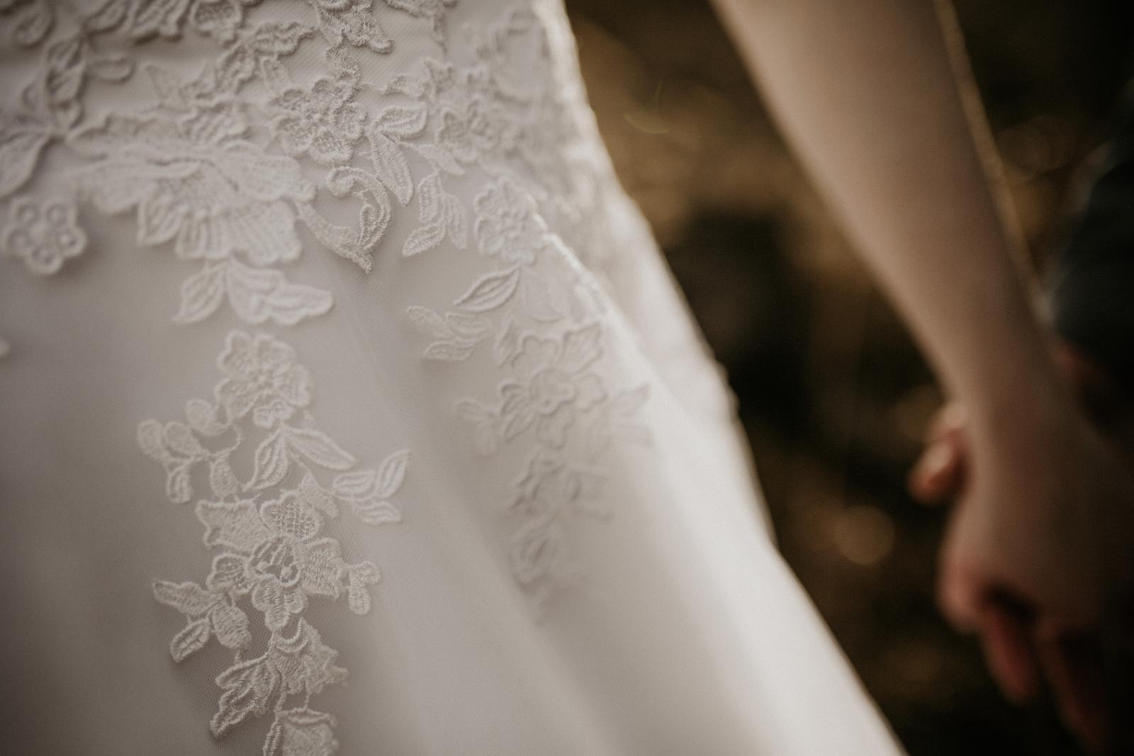 Svadobné šaty tylové - Obrázok č. 3