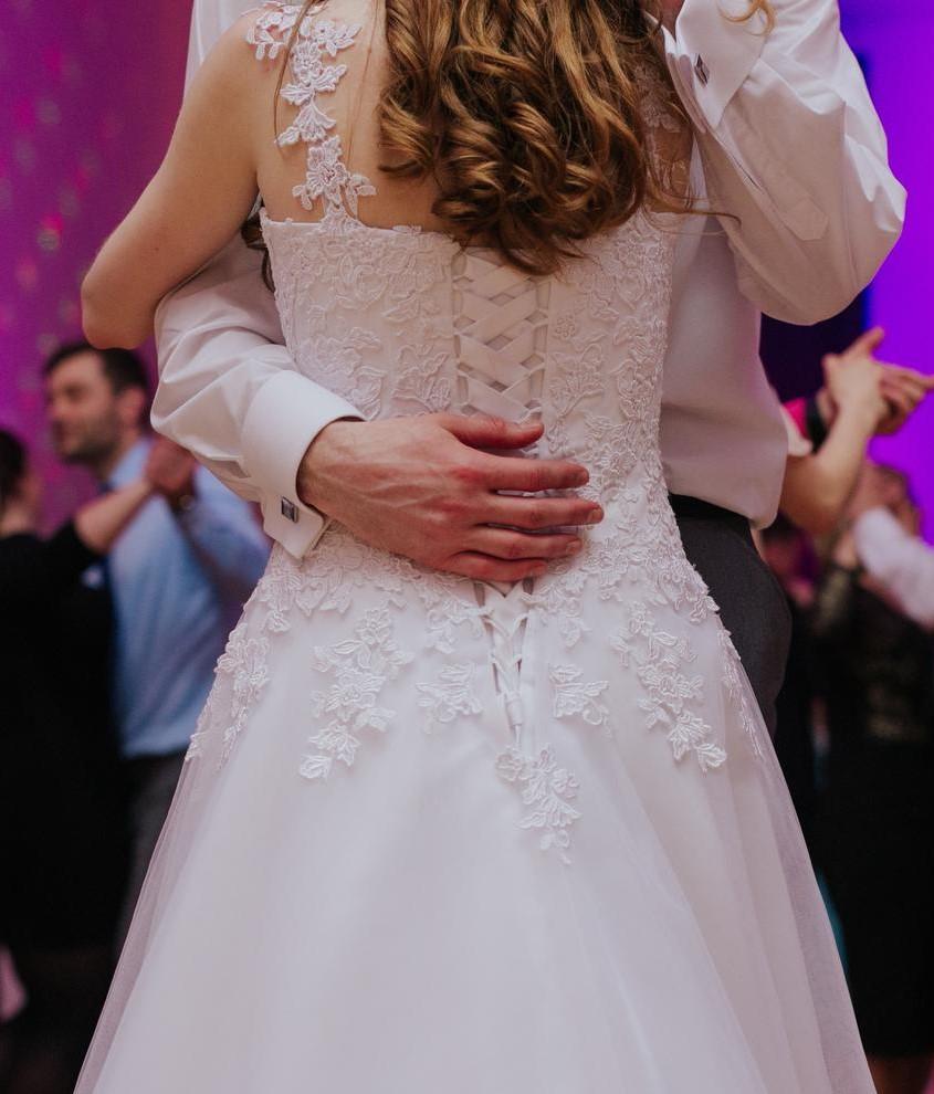 Svadobné šaty tylové - Obrázok č. 2