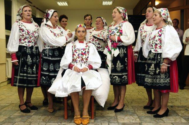 Alena{{_AND_}}Marián - čepčila ma folklórna skupina POĽANA