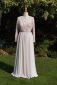 Boho luxusní krajkové svatební šaty, 38