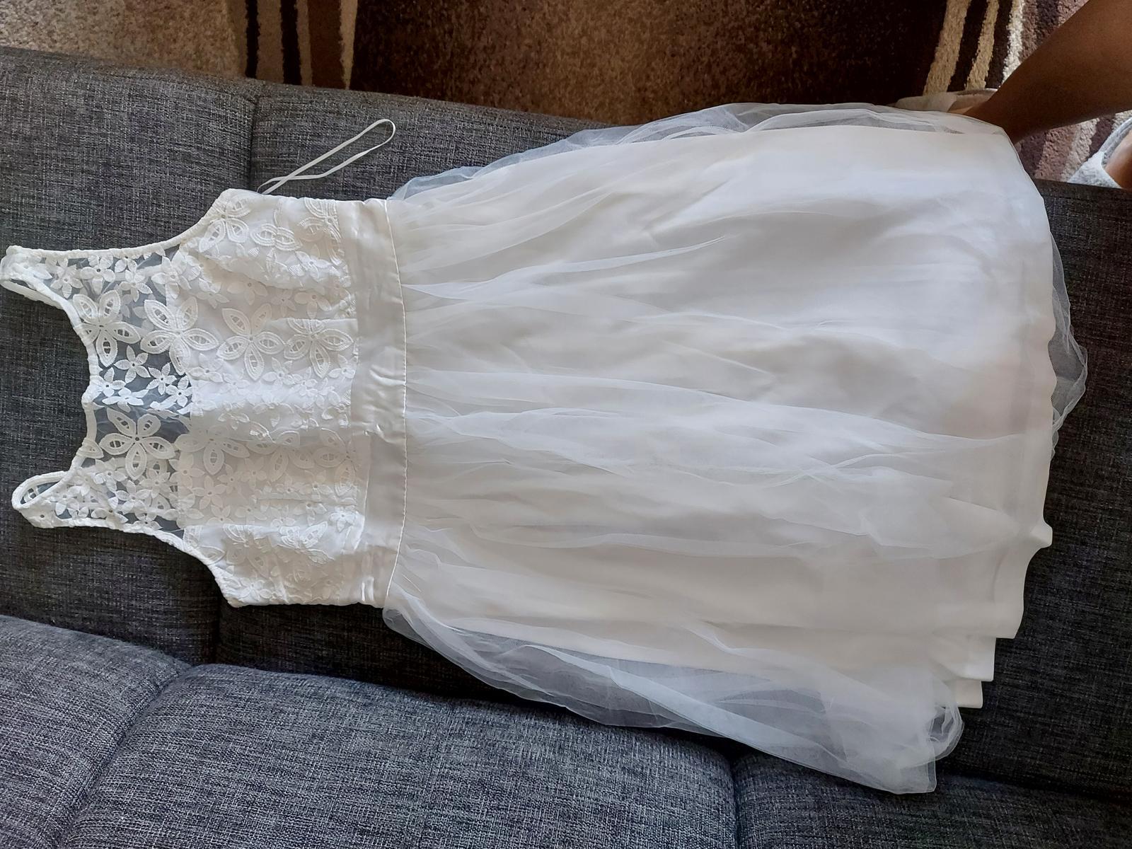 Bile šaty - Obrázek č. 1