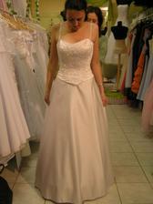 šaty č. 3 - spredu
