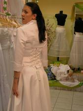 šaty č. 3 - zozadu