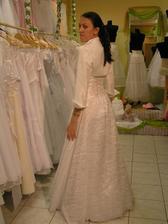 šaty č. 4 - zozadu