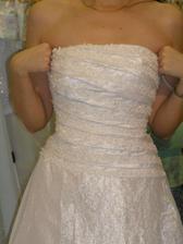 šaty č. 4 - detail