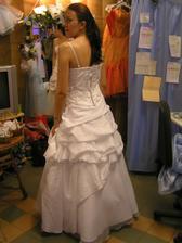 šaty č. 5 - zozadu