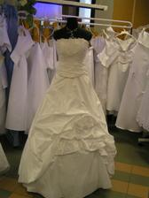 šaty č. 7 - na figuríne