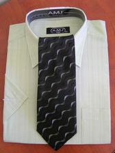 košela s kravatou pre drahého po polnoci :O) v skutocnosti je ovela krajšie zelená ako na fotke :O)