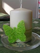 takto som ozdobila sviečku :O)