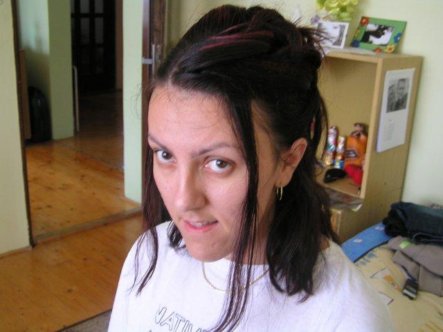 Fialllka a bobek 2 - a trošku z profilu :O)