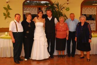 spoločná foto so starými rodičmi :O)