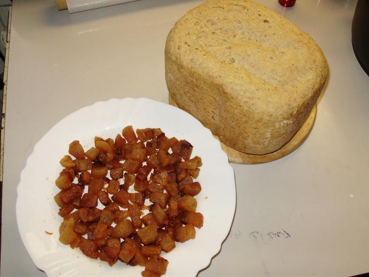 Pečení,vaření,grilování.....je libo něco dobrého do bříška ................ - Škvarky s chlebíkem