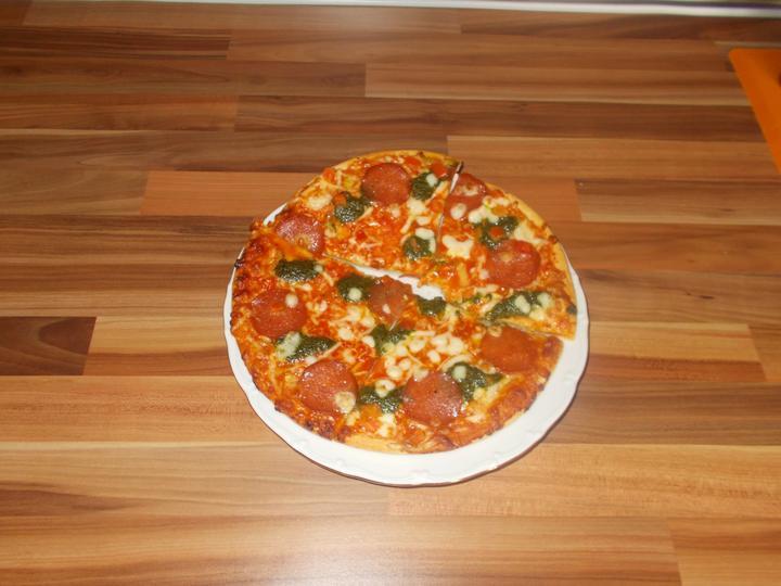 Pečení,vaření,grilování.....je libo něco dobrého do bříška ................ - Pizza