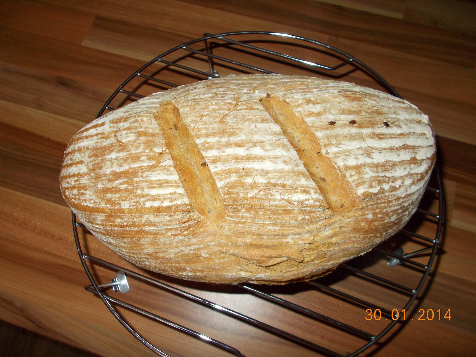Pečení,vaření,grilování.....je libo něco dobrého do bříška ................ - Domácí chlebík grahamový