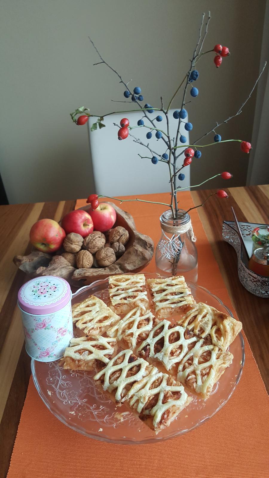 Střípky z domova - Jablečný koláč