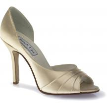 topanky su moj najvacsi problem..tieto su bez debaty moje dream shoes, lenze u nas nezohnatelne