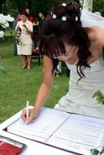 podpisy nevěsty