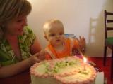 Oslavujeme 1 rôčik našej bambuľky .... naše slniečko Deniska