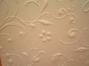 detailík zdobenia, sú jemne krémové
