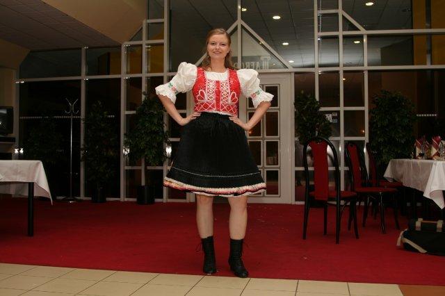Monika{{_AND_}}Marek - redový začína