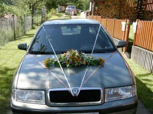 krásně nazdobené auto