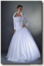krásné šaty...asi si je nechám ušít