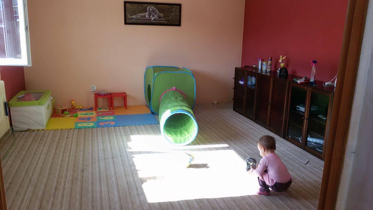 Naša rekonštrukcia - z najväčšej izby sme sa rozhodli spraviť spálňu so šatníkom